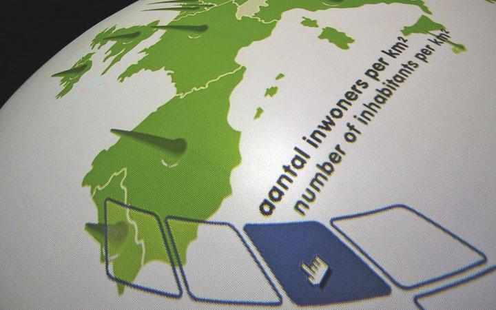 Ontwerp tentoonstelling over de uitbreiding van de Europese Unie (EU) in Kasteel Groeneveld in Baarn