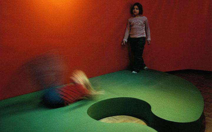 Ontwerp tentoonstelling over het leven en werk van Max Velthuijs in het Literatuurmuseum in Den Haag
