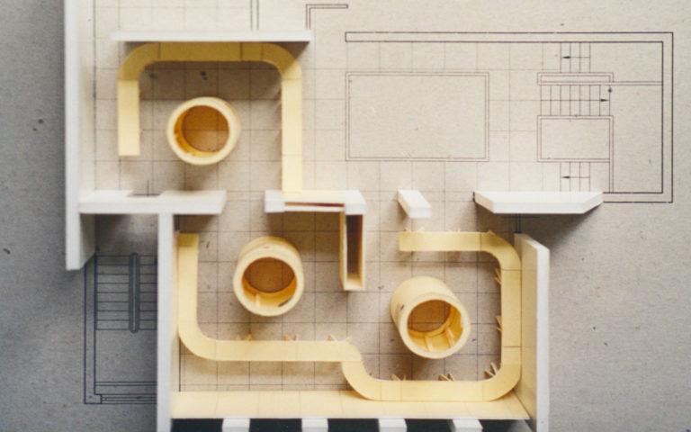 Maquette van het ontwerp van de tentoonstelling over kuiperijen voor Museum Vlaardingen